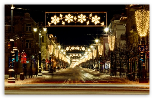 Winter Holidays Lights HD wallpaper for Wide 16:10 5:3 Widescreen WHXGA WQXGA WUXGA WXGA WGA ; HD 16:9 High Definition WQHD QWXGA 1080p 900p 720p QHD nHD ; Standard 4:3 5:4 3:2 Fullscreen UXGA XGA SVGA QSXGA SXGA DVGA HVGA HQVGA devices ( Apple PowerBook G4 iPhone 4 3G 3GS iPod Touch ) ; Tablet 1:1 ; iPad 1/2/Mini ; Mobile 4:3 5:3 3:2 16:9 5:4 - UXGA XGA SVGA WGA DVGA HVGA HQVGA devices ( Apple PowerBook G4 iPhone 4 3G 3GS iPod Touch ) WQHD QWXGA 1080p 900p 720p QHD nHD QSXGA SXGA ;