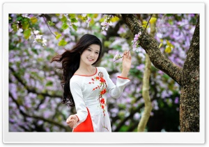 Women in the Spring HD Wide Wallpaper for Widescreen