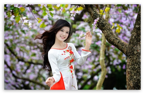 Women in the Spring HD wallpaper for Wide 16:10 5:3 Widescreen WHXGA WQXGA WUXGA WXGA WGA ; HD 16:9 High Definition WQHD QWXGA 1080p 900p 720p QHD nHD ; Standard 4:3 5:4 3:2 Fullscreen UXGA XGA SVGA QSXGA SXGA DVGA HVGA HQVGA devices ( Apple PowerBook G4 iPhone 4 3G 3GS iPod Touch ) ; Tablet 1:1 ; iPad 1/2/Mini ; Mobile 4:3 5:3 3:2 16:9 5:4 - UXGA XGA SVGA WGA DVGA HVGA HQVGA devices ( Apple PowerBook G4 iPhone 4 3G 3GS iPod Touch ) WQHD QWXGA 1080p 900p 720p QHD nHD QSXGA SXGA ;