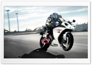 Yamaha Bike HD Wide Wallpaper for Widescreen